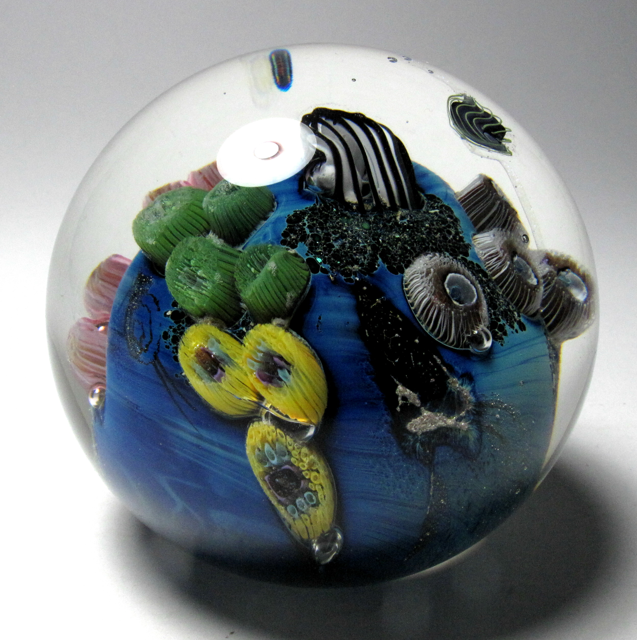 Paperweights Contemporary American Paperweights For Sale